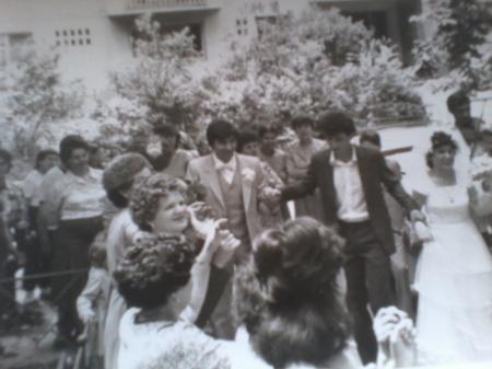 2 iunie1984 Nunta in cartier